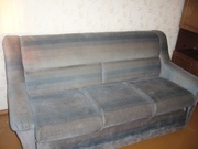 Продам небольшой комфортный диван+ 2кресла