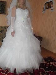 Продам свадебный красивый наряд