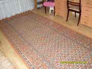 Продам  ковровую дорожку. Размеры : ширина 1, 5 м,  длина -4, 2 м. Цена 3