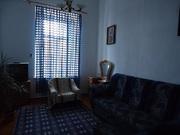 Сдаю 2-х комн. кв-у на 2-м этаже ул.Революции,  г.Евпатория,  Крым