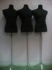 продам мужские манекены стоячие (3 штуки)